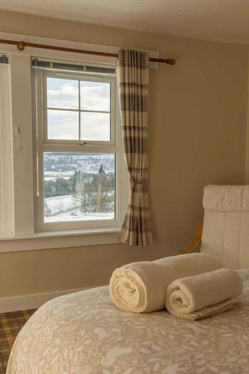 cardney accommodation bedroom 3 0 0 0 0 1599730604